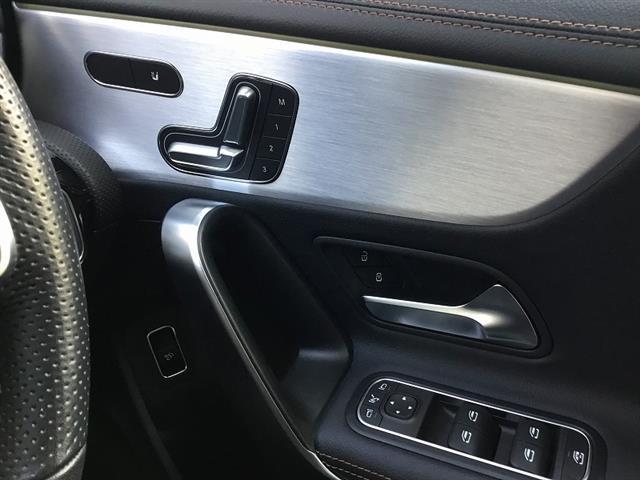 A250 4MATIC セダン エディション1 2年保証 新車保証(12枚目)