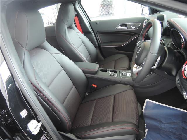 A45 AMG 4M 新車保証(13枚目)