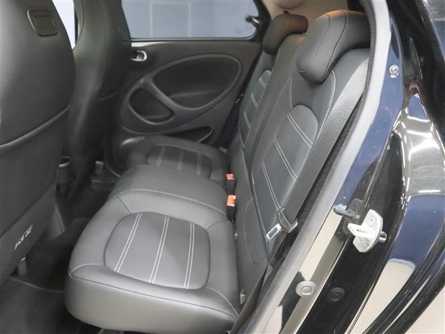 「スマート」「フォーフォー」「コンパクトカー」「福岡県」の中古車9