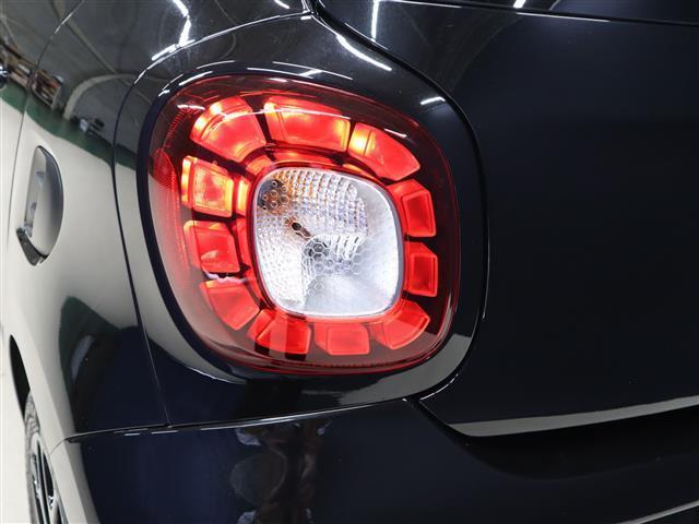 「スマート」「フォーフォー」「コンパクトカー」「福岡県」の中古車26