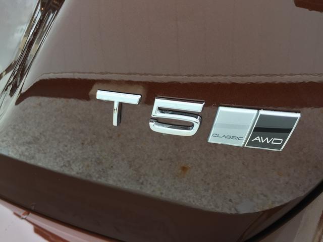 ボルボ ボルボ V60 クロスカントリー T5 AWD クラシック 自動ブレーキ
