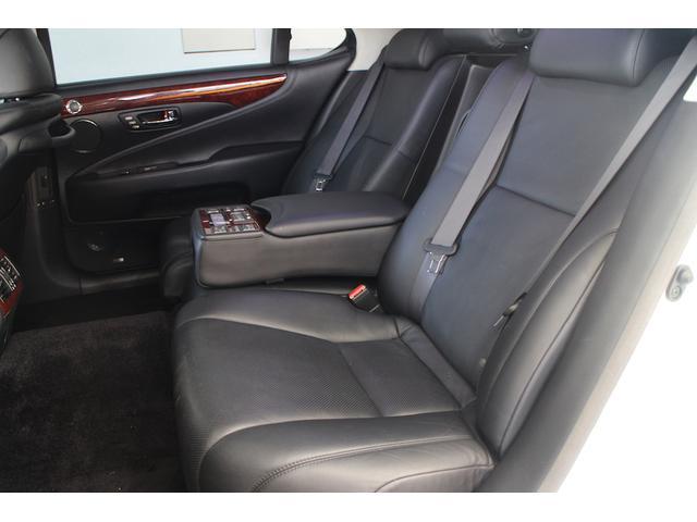 レクサス LS LS600hL マークレビンソン 黒革SR プリクラッシュ