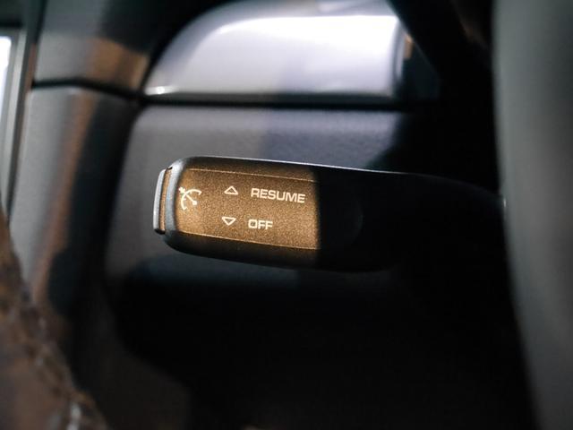 オプション装備のクルーズコントロールを装備しております!長距離の高速移動の際などに非常に便利な装備です!スイッチ一つで速度設定も出来て操作も簡単です♪TEL:045-348-3232