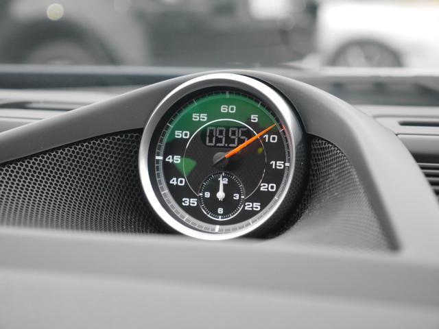 人気のオプション装備、スポーツクロノパッケージ搭載車輌です!!スポーツモード・スポーツモードプラスも装備されております!ドライブがまた一段階楽しくなる装備です!TEL:045-348-3232