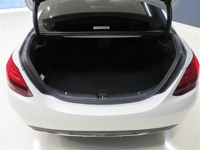 C220 d ローレウスエディション レーダーセーフティパッケージ スポーツプラスパッケージ 2年保証 新車保証 Bluetooth接続 ETC LEDヘッドライト TV アイドリングストップ クルーズコントロール コネクテッド機能(8枚目)