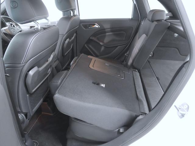 B180 レーダーセーフティパッケージ 2年保証 新車保証(11枚目)