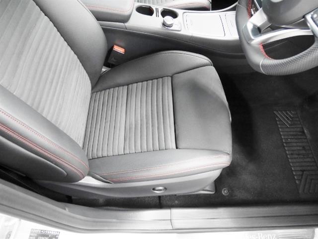 メルセデス・ベンツ M・ベンツ A180 スポーツ レーダーセーフティパッケージ 新車保証