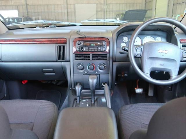 ラレード 4WD 都内使用車 禁煙車 ETC CD(9枚目)