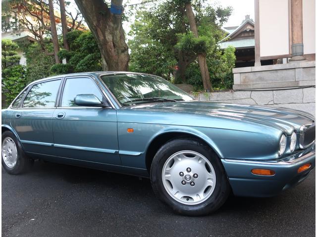 「ジャガー」「XJ」「セダン」「東京都」の中古車11
