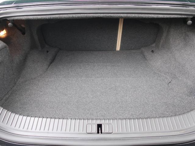 3.0エグゼクティブ ナビ 革シート ワンオーナー AW 禁煙車 オーディオ付 クルコン AC AT パワーウィンドウ 5名乗り 記録簿(19枚目)