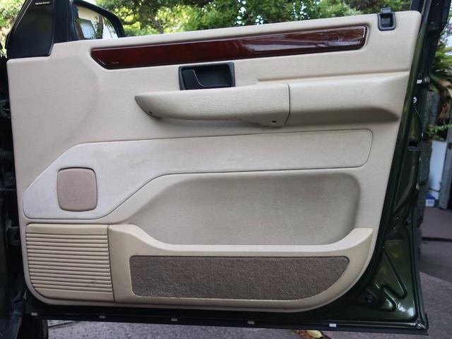 4.0SE 4WD ナビ 禁煙車 革シート クルコン AT AW コンパクトカー Dグリーン 5名乗り パワーウィンドウ(11枚目)