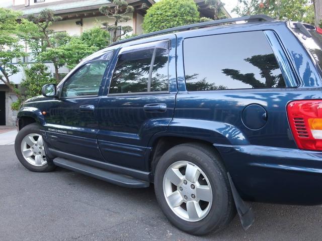 リミテッドV8 4WD サンルーフ バックカメラ 革シート オーディオ付 DVD ETC 5名乗り クルコン パワーシート 紺 AT AC パワーウィンドウ(18枚目)