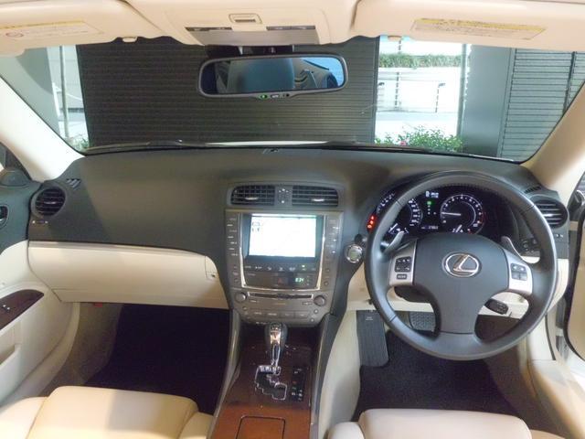 「レクサス」「IS」「オープンカー」「東京都」の中古車30