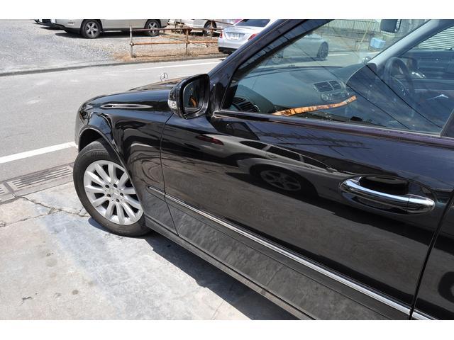 車体全体を隈なく見ておりますが、目立つような大きな傷や凹みは御座いません。小傷に関してはお写真の32枚〜39枚目をご覧下さい。指をさしてわかり易くお写真を撮っております。
