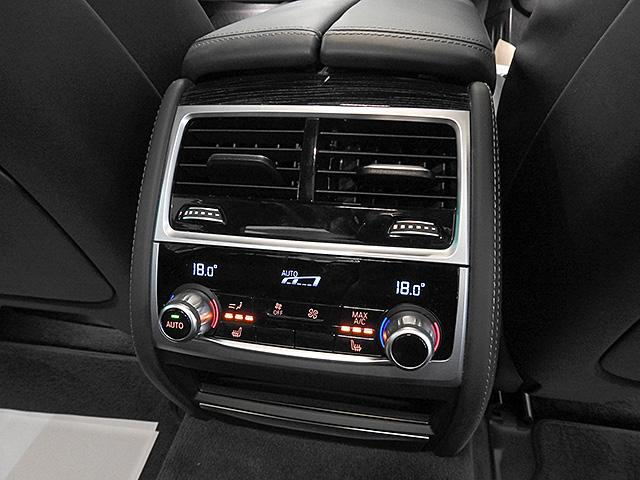 「BMW」「BMW」「セダン」「神奈川県」の中古車38