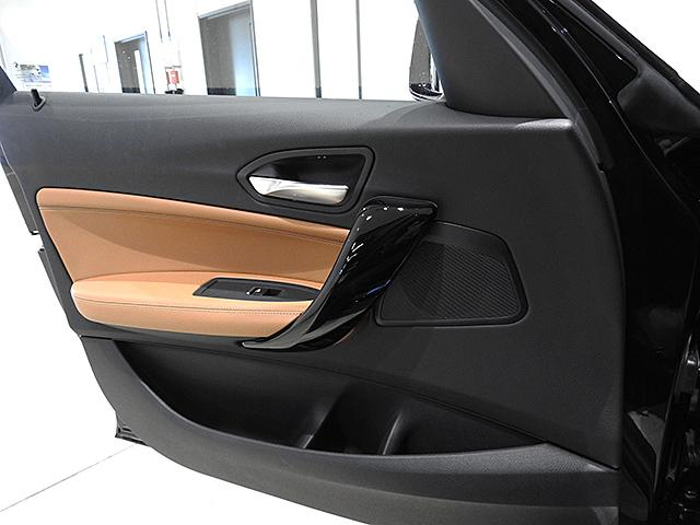 「BMW」「1シリーズ」「コンパクトカー」「神奈川県」の中古車54