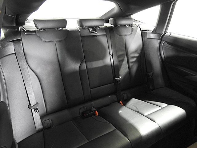 320iグランツーリスモ Mスポーツ HDDナビ リアカメラ&センサー 電動レザーシート シートヒーター 電動リアゲート クルーズコントロール ドライビングアシスト キセノン 18inAW 1オーナー 禁煙 認定中古車(25枚目)
