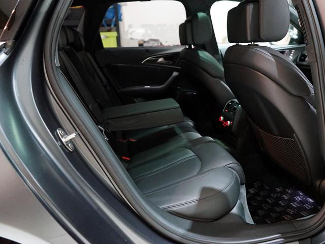 「アウディ」「アウディ RS6アバント パフォーマンス」「ステーションワゴン」「埼玉県」の中古車35