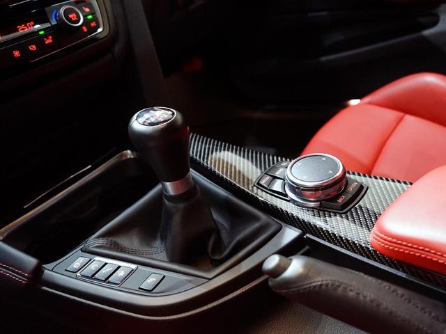 「BMW」「BMW M4」「クーペ」「埼玉県」の中古車4