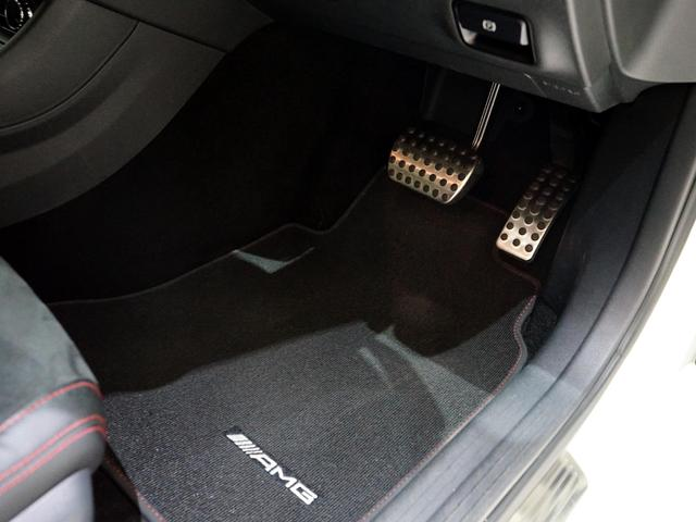 A180 スポーツ ナイトPKG 正規ディーラー車 1オーナー カルサイトホワイト 右ハンドル 純正ナビ&TV Bカメラ ETC メモリー付きPシート/D ディストロニック+ AMG18インチAW(8枚目)