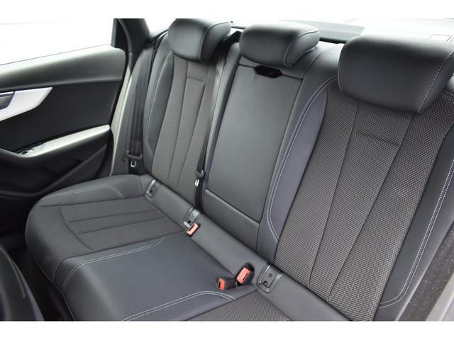 アウディ アウディ A4 2.0TFSIクワトロスポーツ認定中古車S-lineパッケー