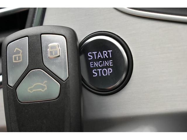 ●アドバンストキーシステム『キーを所持しているだけでドアの施錠/開錠からエンジンの始動/停止が可能となっております。』