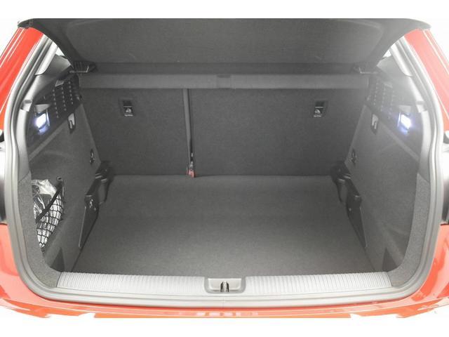30TFSIスポーツ 認定中古車 アシスタンスパッケージ バーチャルコックピット オートマチックテールゲート LEDヘッドライト アイドリングストップ 17インチアルミホイール アドバンストキー MMIナビゲーション(17枚目)