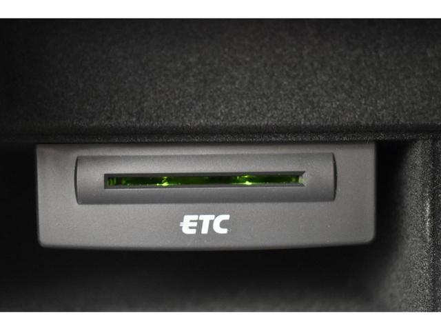 2.0TFSI 認定中古車 17インチアルミホイール バイキセノンヘッドライト アドバンストキー ETC デュアルオートエアコン パワーシート シートヒーター リアビューカメラ 前後センサー付 アイドリングストップ(21枚目)