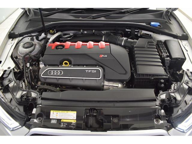 2.5TFSIエンジン『入庫時の状態もとても良く、エンジン機関も良好!ぜひ一度現車を御覧下さい!他にも多数の在庫を展示!』