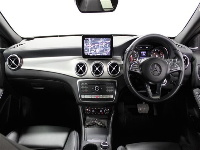 GLA220 4マチック レザーエクスクルーシブパッケージ レーダーセーフティパッケージ 2年保証 新車保証(5枚目)