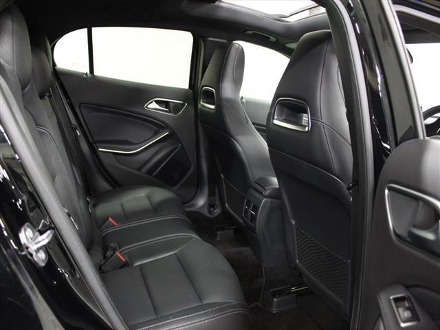 GLA220 4マチック レザーエクスクルーシブパッケージ レーダーセーフティパッケージ 2年保証 新車保証(25枚目)