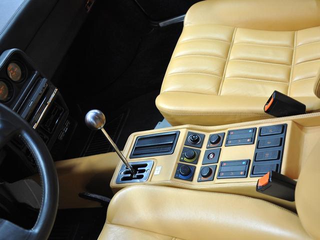 フェラーリ フェラーリ 328 GTB
