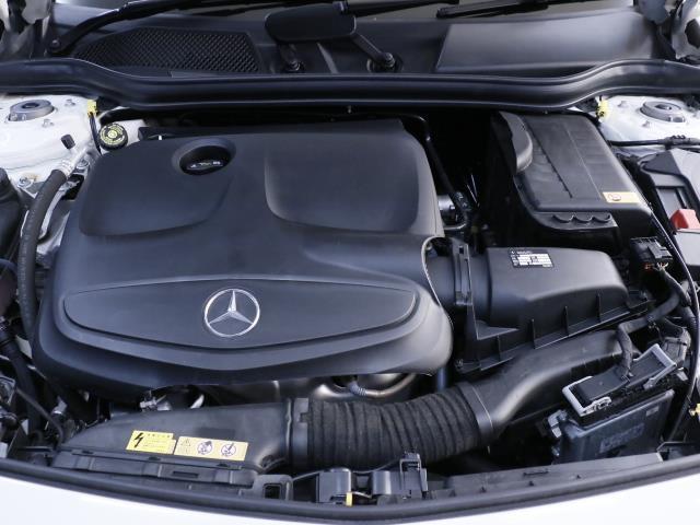メルセデス・ベンツ M・ベンツ A180 新車保証