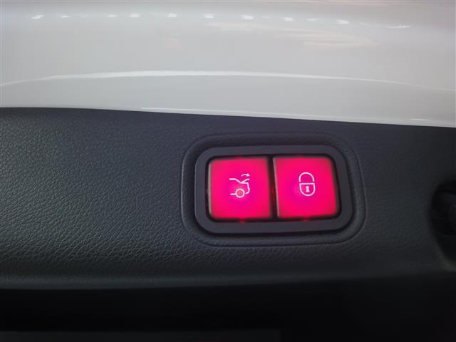 E200 アバンギャルド レザーパッケージ 新車保証(6枚目)