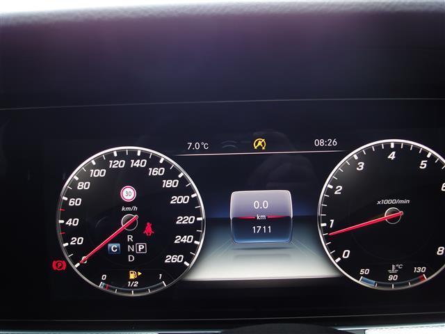 E200 アバンギャルド レザーパッケージ 新車保証(11枚目)
