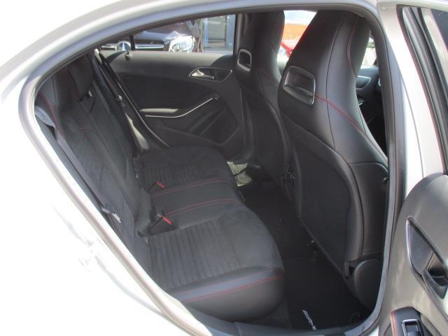 メルセデス・ベンツ M・ベンツ A180 スポーツ ナイトパッケージプラス 新車保証
