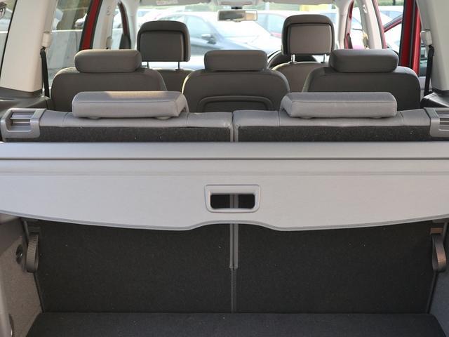 フォルクスワーゲン VW ゴルフトゥーラン TSI Comfortline DWA