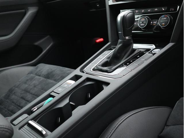 「フォルクスワーゲン」「VW パサートヴァリアント」「ステーションワゴン」「東京都」の中古車16