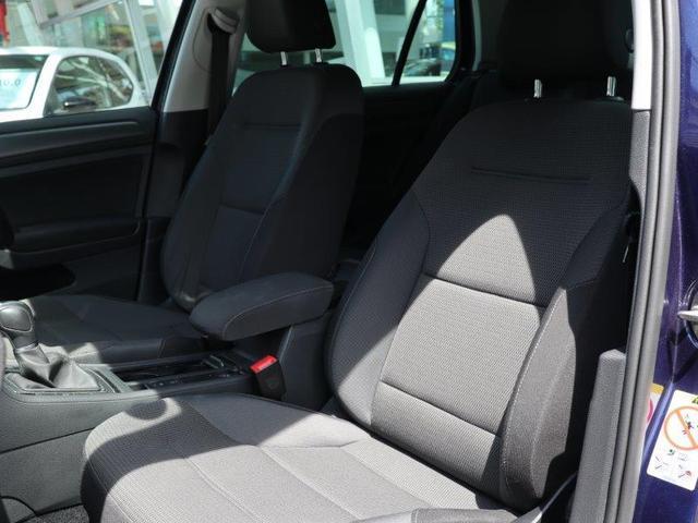 シートは座り心地が良く、体を包み込んでくれるような安心感があります