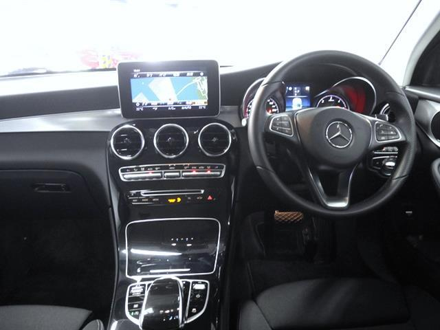 GLC220 d 4マチック 2年保証 新車保証(4枚目)