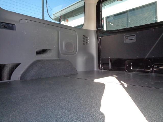 ロングプレミアムGX SDナビ フルセグTV Bluetooth アラウンドビューモニター 衝突軽減ブレーキ Wエアバック 純正LEDヘッドライト 小窓付き両側スライド 1オーナー スマートキー シートカバー ドラレコ(16枚目)