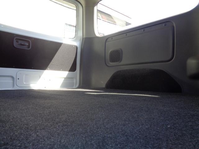 ロングプレミアムGX SDナビ フルセグTV Bluetooth 全周囲カメラ 衝突軽減ブレーキ 小窓付き両側スライド スマートキー 1オーナー 禁煙 オートエアコン(13枚目)
