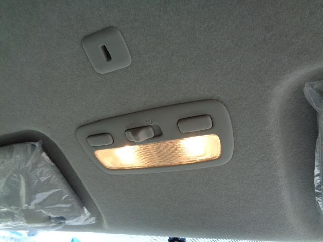 スーパーGL ダークプライム SDナビ 地デジTV バックカメラ Bluetooth ETC 純正フリップダウンモニター Wエアバック スマートキー 小窓付き両側スライド 純正LEDヘッドライト ハーフレザー 純正15AW(24枚目)