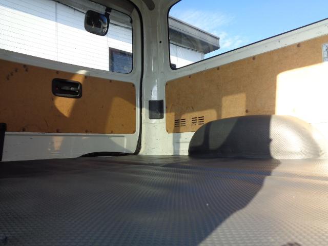 DX GLパッケージ SDナビ フルセグTV バックカメラ Bluetooth ETC 衝突軽減 Wエアコン 純正LEDヘッドライト 小窓付き両側スライド ディーゼルターボ タイミングチェーン Wエアバック AC100V(13枚目)