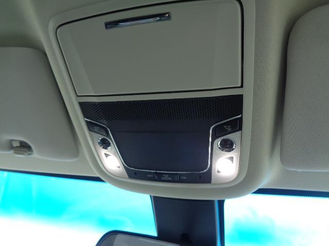 ハイブリッドアブソルート・ホンダセンシングEXパック SDナビ フルセグTV 全周囲カメラ ETC Bluetooth HDMI 純正フリップダウンモニター 両側電動スライドドア レーダークルーズ AC100V パワーシート スマートキー 純正LED(30枚目)
