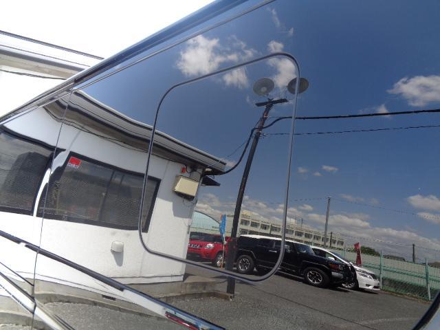 スーパーGL ダークプライム SDナビ 地デジTV バックカメラ Bluetooth ETC スマートキー 小窓付き両側スライドドア ハーフレザー TRDエアロ TRDマフラー 純正LEDヘッドライト 15AW(31枚目)