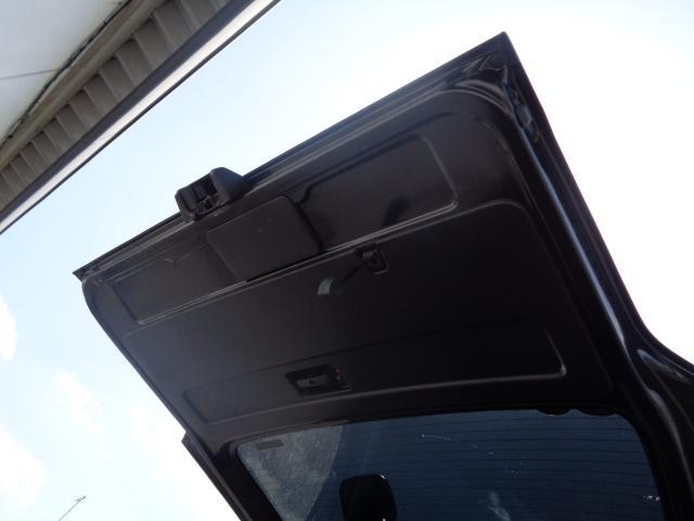 スーパーGL ダークプライム SDナビ 地デジTV バックカメラ Bluetooth ETC スマートキー 小窓付き両側スライドドア ハーフレザー TRDエアロ TRDマフラー 純正LEDヘッドライト 15AW(48枚目)
