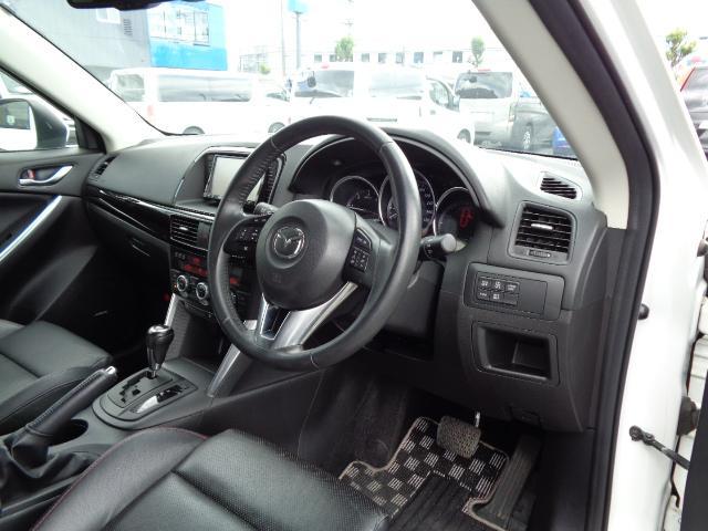 XD Lパッケージ SDナビ フルセグTV バックカメラ サイドカメラ Bluetooth ETC シートヒーター 前後ドライブレコーダー 衝突軽減ブレーキ 黒革シート HIDヘッドライト クルーズコントロール RVM(11枚目)