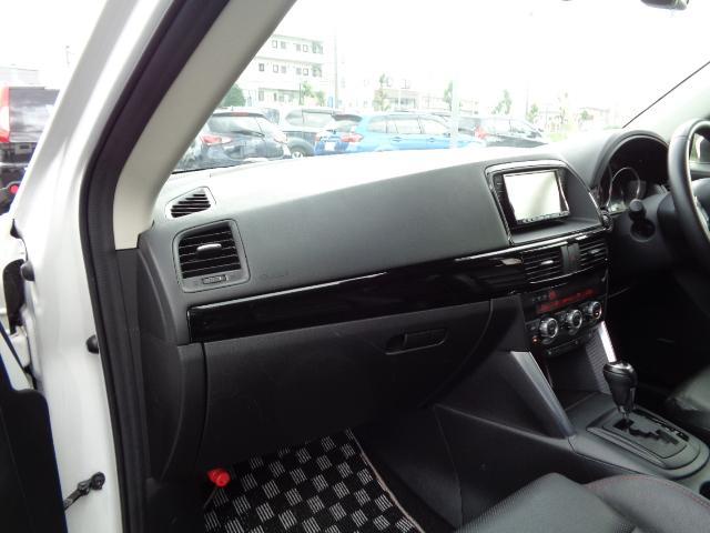 XD Lパッケージ SDナビ フルセグTV バックカメラ サイドカメラ Bluetooth ETC シートヒーター 前後ドライブレコーダー 衝突軽減ブレーキ 黒革シート HIDヘッドライト クルーズコントロール RVM(14枚目)