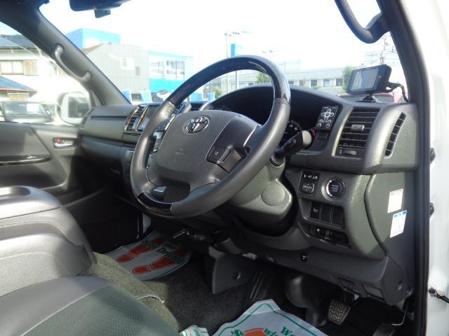 スーパーGL ダークプライムII SDナビ フルセグTV Bluetooth レーダー連動ドライブレコーダー 衝突被害軽減ブレーキ バックカメラ 助手席エアバック AC100V 小窓付き両側スライドドア 純正LEDヘッドライト ターボ(11枚目)